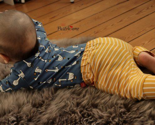Body und Babyhose